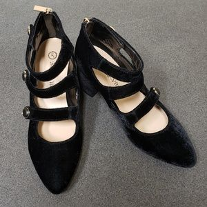 Bella Vita | NWOT Dress Heel